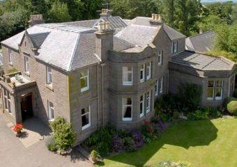 Castleton House Pet Friendly Cottage - Central Scotland