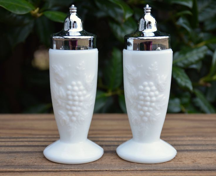 Milk Glass Salt and Pepper Shakers by Smith Glass, Vintage Milk Glass, Grape Design, Salt and Pepper Set, White Salt and Pepper Shakers by DarbVintage on Etsy https://www.etsy.com/listing/526221399/milk-glass-salt-and-pepper-shakers-by