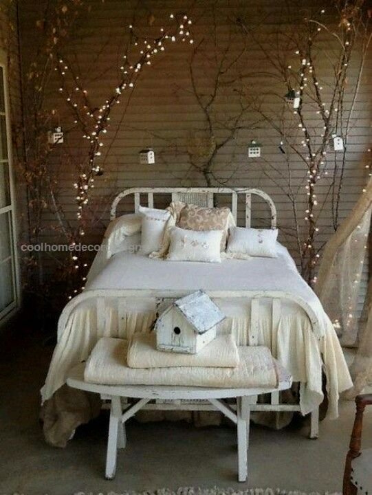 Natuurlijk decoreren – 10x takken als decoratie in huis  Bedroom Home Decor Ideas ~   Need Bedroom Decorating Ideas? Go to Centophobe.com  http://www.coolhomedecordesigns.us/2017/06/12/natuurlijk-decoreren-10x-takken-als-decoratie-in-huis/