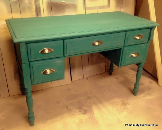 5 Drawer Desk in Chalk Paint (I have a desk similar to this) Maybe I chalk paint it.: Paintings Furniture, Tm Decor Paintings, Grey Tinted, Clear Soft, Chalk Paintings, Paintings Tm Decor, Paintings Projects, Drawers Desks, Paris Grey