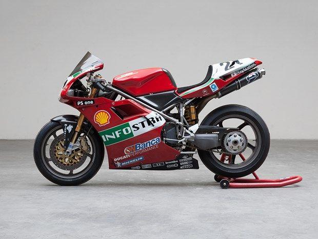 DUCATI 996 SPS.