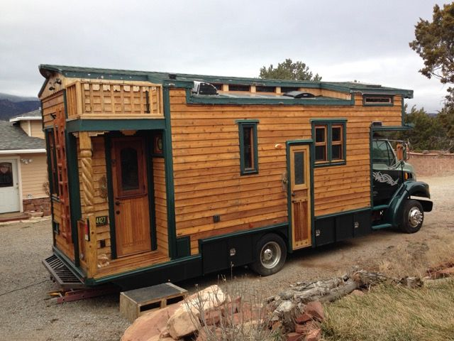 Michael Ostaski is an artist who started his career by traveling in his original house truck while going to events and sharing his art with people. Today I'm showing you Michael's 1999 Sterling Hou...