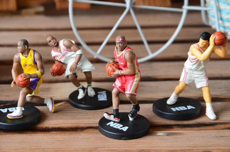 mini 5-7cm Basketball star Yao Ming, Kobe Bryant, James Madison dolls star doll model doll ornaments figure 4pcs/set