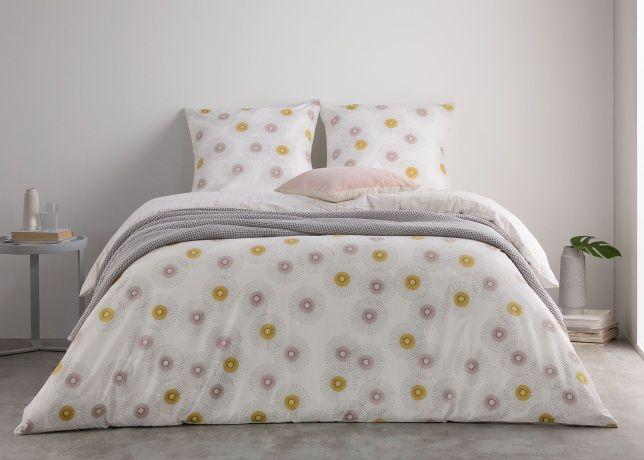 25 best ideas about parure lit on pinterest linge de. Black Bedroom Furniture Sets. Home Design Ideas