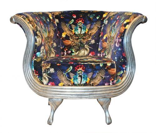 SANTORUS FURNITURE: Oyster Chaise. Arrivée Des Oiseaux - Cobalt. Bespoke Item • Made in UK • 100% British Velvet. Shop online at www.santorus.com