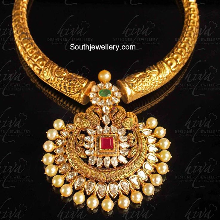 Top 25 Indian Antique Jewellery Designs For Women: Peacock Kanthi Necklace With Pacchi Pendant