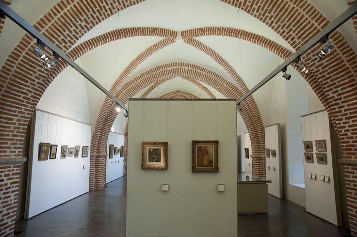 Albi ~ Tarn ~ Midi-Pyrénées ~ France ~ The Henri Toulouse-Lautrec Museum.