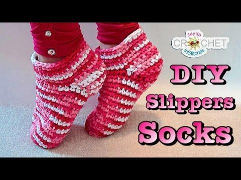 How to crochet children's elf slippers / boots / shoes - crochet Christmas elf set PART 2 - YouTube