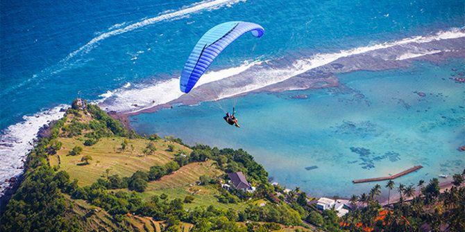 Bukit Timbis, surga paragliding di Bali