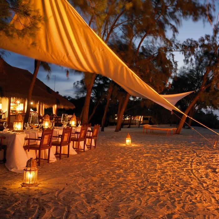 Dinner on the Beach - Mozambique http://www.mozambique.co.za/