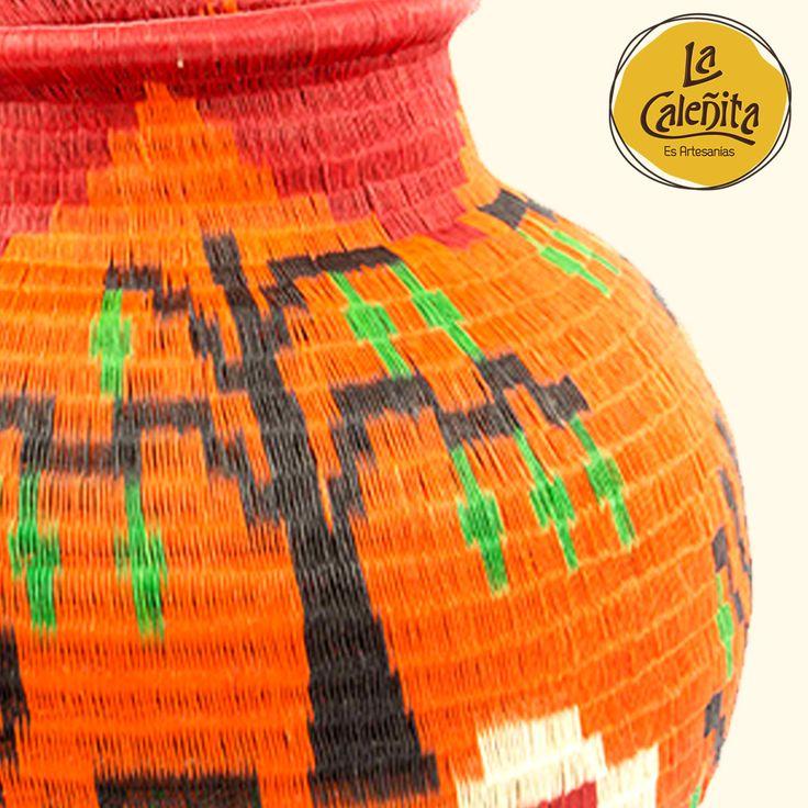 Cada una de nuestras piezas artesanales siempre llevan una historia, una cultura y técnica milenaria, la herencia ancestral de un pueblo, de talento y tradiciones. 🙋🏻💖😍 #ArtesaniasTipicasDeColombia #ArtesaniasYDecoracion #LaCaleñita