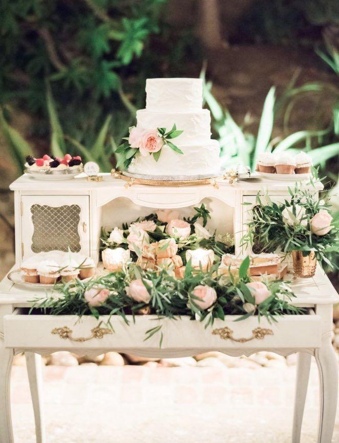 Wedding Reception Inspiration Photo Ether Smith Photography Wedding Cake Table Wedding Cake Table Decorations Vintage Wedding Cake Table