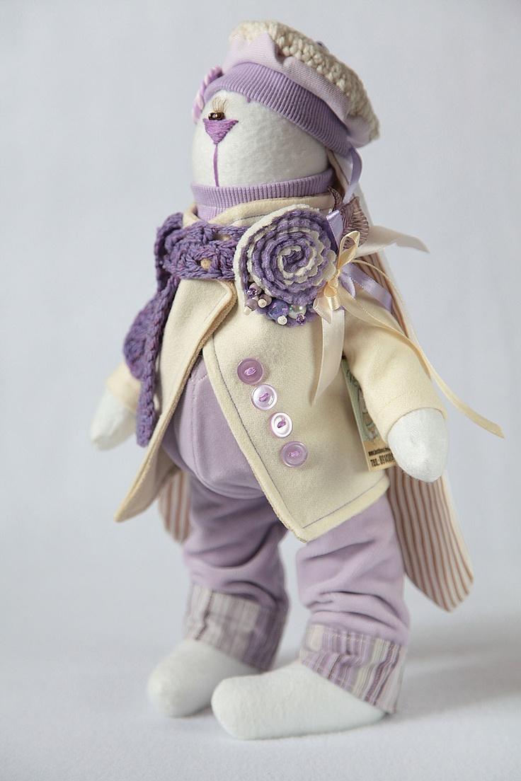 Toys+things: восемьтыщпятый сиреневый заяц