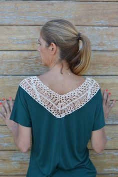 Handmade crochet lace tshirt in green & cream / by SophieCRO Adding hairpin lace to a t-shirt.