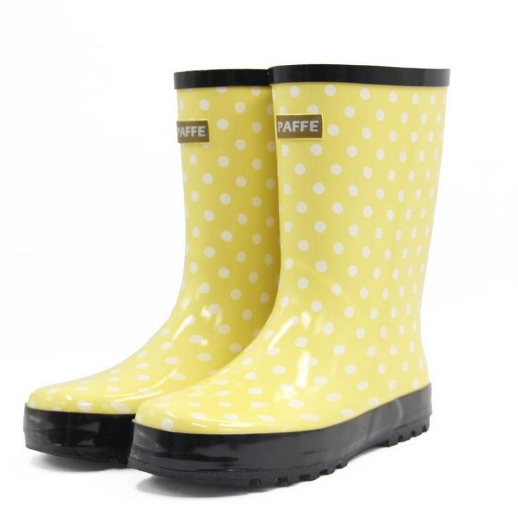 1000  ideas about Yellow Rain Boots on Pinterest | Yellow wellies