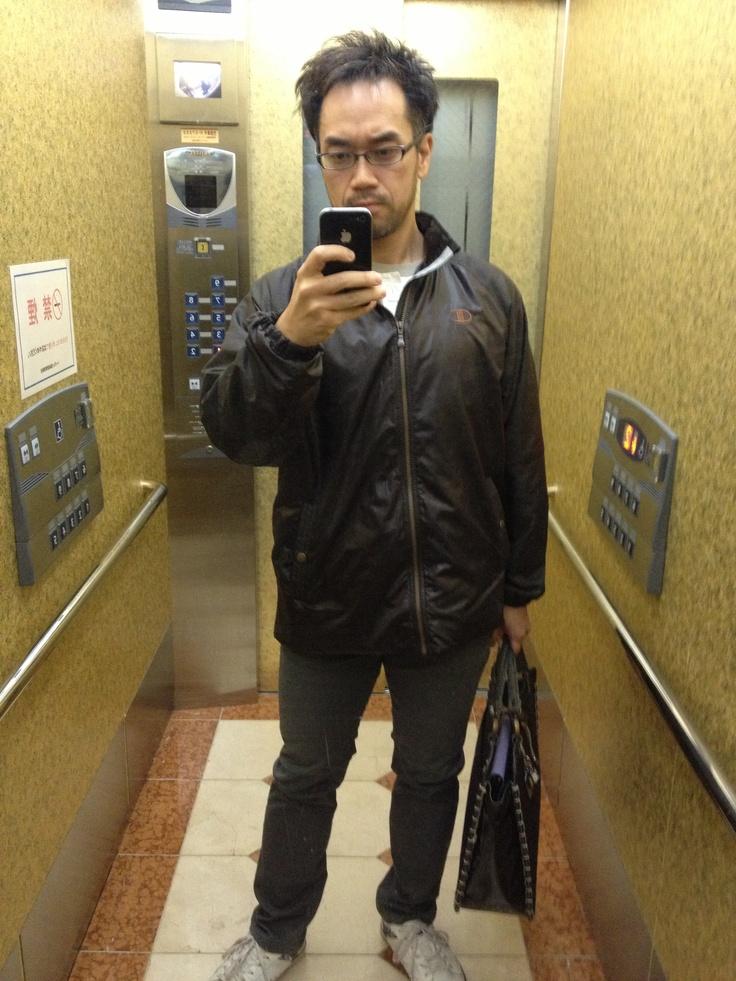 2012-11-13 Tue きょうは寒いのでウインド・ジャケットを羽織った。