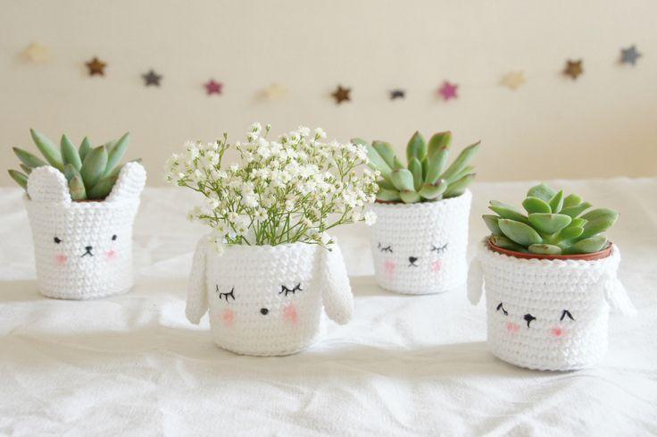 Cute crochet plants pots *.* - Tournicote...à cloche-pied