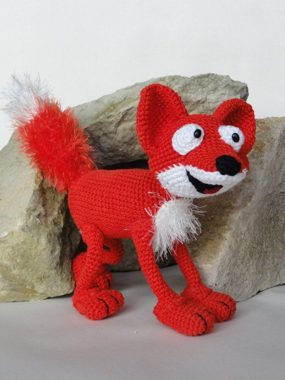 Amigurumi Crochet Pattern - Max the Fox This is a crochet pattern and not the toy. Following this pattern Max the Fox will be approximately 18 cm by 28 cm. The pattern is available in English. More photos available on Facebook: