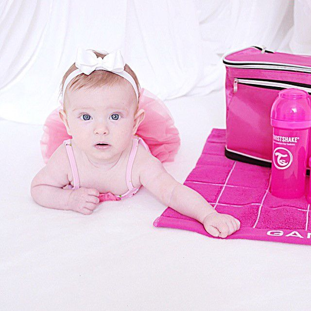 This little princess obviously loves pink. #twistshake