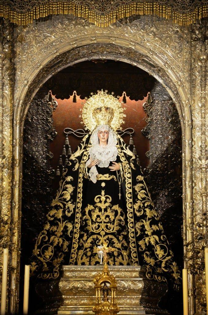 Un poco de Sevilla: María Stma de la Esperanza Macarena de negro - Sev...