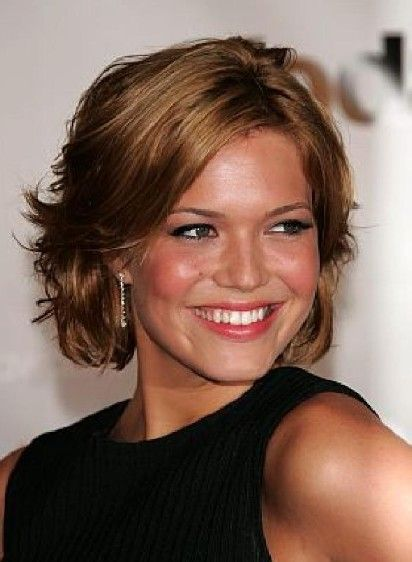 Hoping when my hair gets a little longer it will look like this!