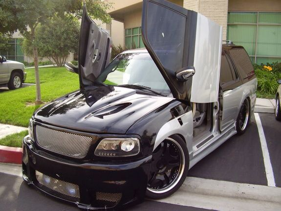 Custom Car Paint Jobs >> Lowered Custom Expedition | Expedition Remodel Ideas | Pinterest