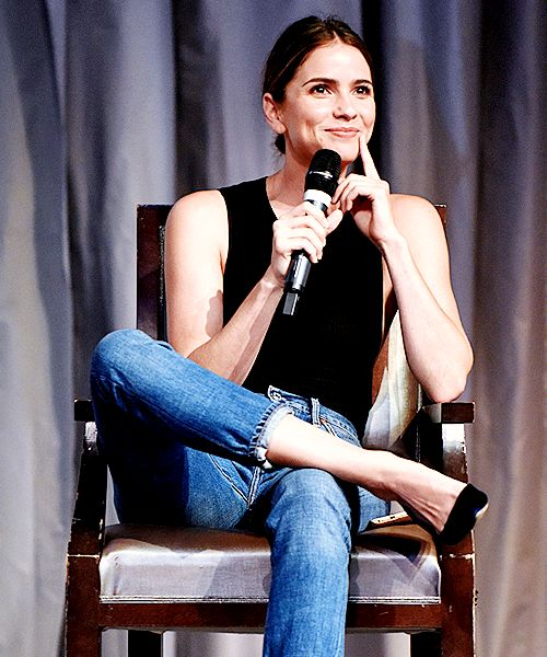 Shelley Hennig attends 'The Full Moon Is Coming Back' convention in France.