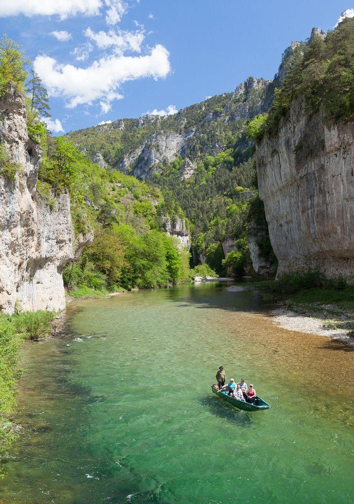Doen in Frankrijk: varen door Gorges du Tarn, Lozère, La Malene, Languedoc-Roussillon.