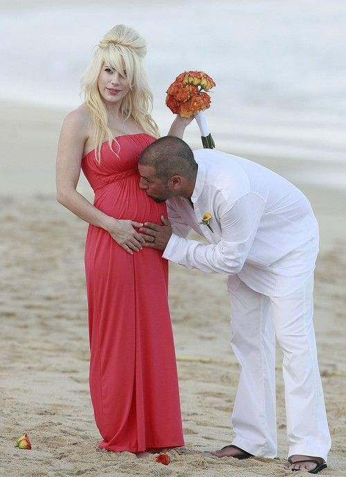 Shayne Lamas Miscarriage and Coma: Nik Richie's Wife Loses Baby  #ShayneLamas