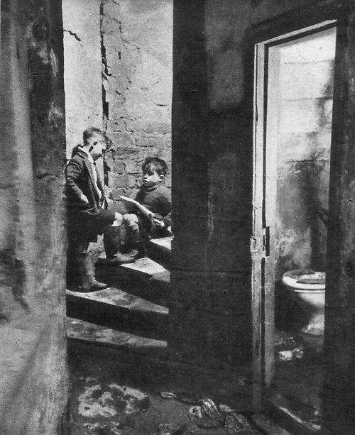 The Forgotten Gorbals, Glasgow, Scotland, 1948 photo by Bert Hardy