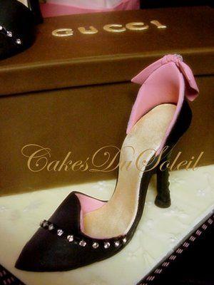 ~ Sugar Teachers ~ Cake Decorating and Sugar Art Tutorials: How to Make a Gumpaste High Heel Shoe - SO MUCH info here for cake decorators!!!