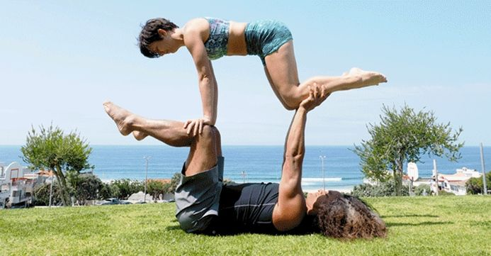 Easy Yoga Challenge Poses For 2 Partneryoga Yoga Challenge Poses Two People Yoga Poses Couples Yoga Poses