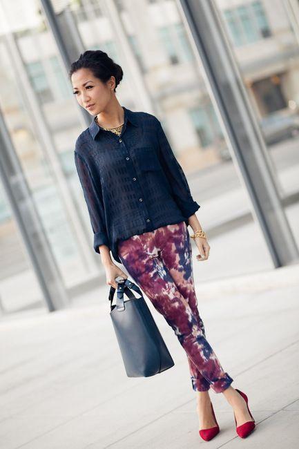 Tie dye pants!: Prints Pants, Petite Style, Ruby Red, Paint Splash, Paintings Splash, Ties Dyes, Stella Dots, Wendy Lookbook, Wendy Nguyen