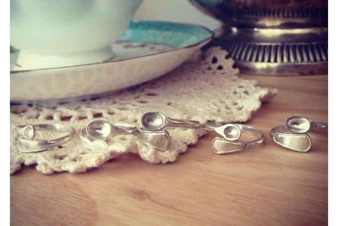 Afternoon tea - tiny tea spoon ring by Pretty found things - jewellery design