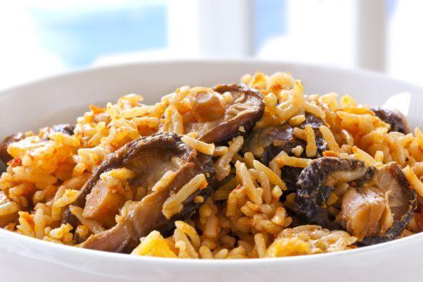 ryža so sušenými hríbami