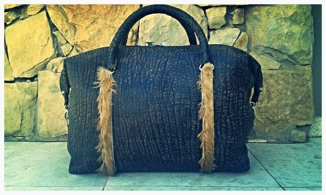Handmade leather travel bag from Ray's Leather. raysleatherwork@gmail.com
