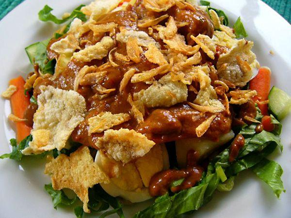 Gado gado met recept voor pindasaus