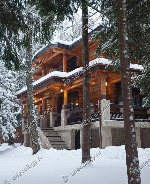 Реконструкция дома из лиственницы 2012 год. Дом среди снежного леса.