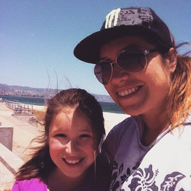 Emilia Isabel Rozas Avilés y Mariana Avilés Olson #selfiedecosta