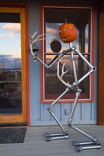 simplified building provides assitance to both diy and commercial customers who want to build with kee - Commercial Halloween Decorations