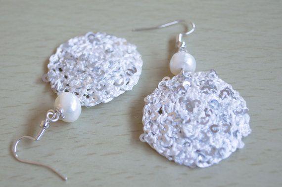 Crochet Earring with Freshwater White Pearl by Unikacreazioni
