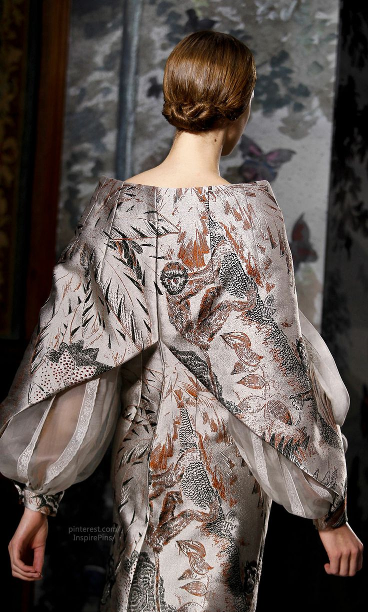 Spring 2014 Couture Valentino (detail). The construction of the back of the dress. My goodness.
