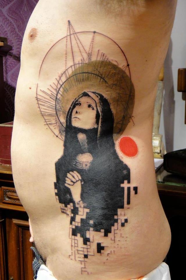 Side tattoos by Xoil