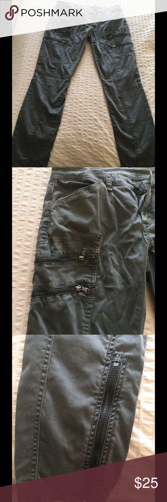 Blank denim cargo skinny jeans Blank NYC army green cargo skinny jeans. Size 28. Worn once. Excellent condition Blank Denim Jeans Skinny