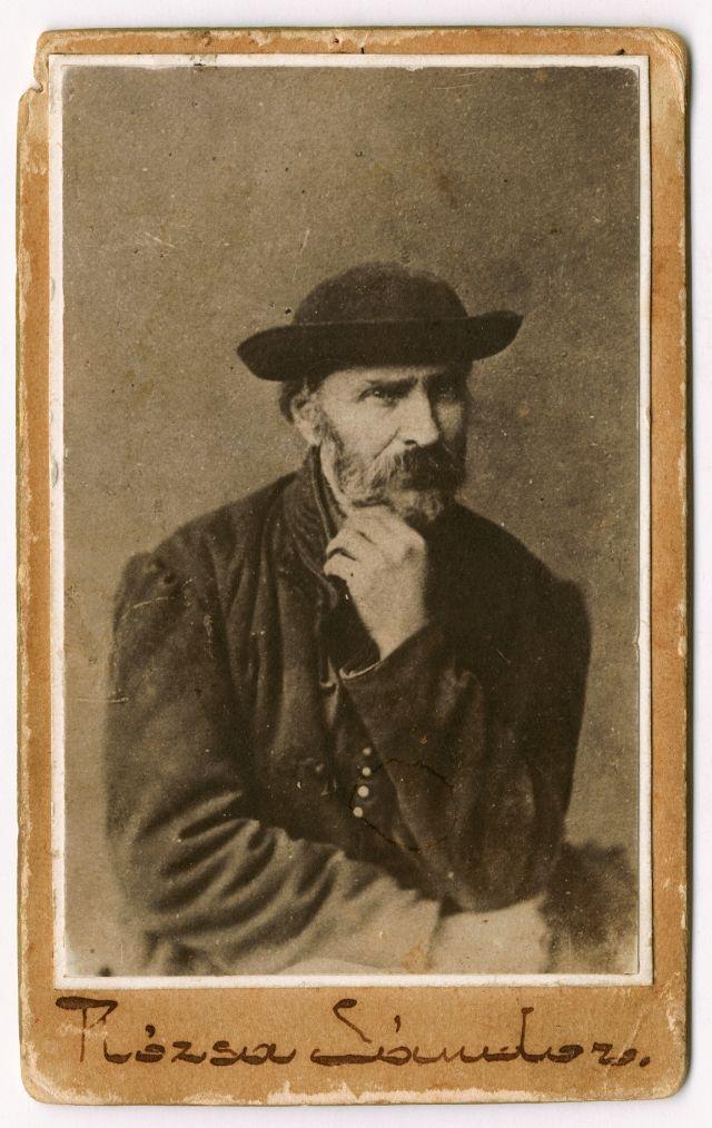Rózsa Sándor Szegeden életfogytiglani fegyházra ítélték, 1878-ban halt meg Szamosújváron.