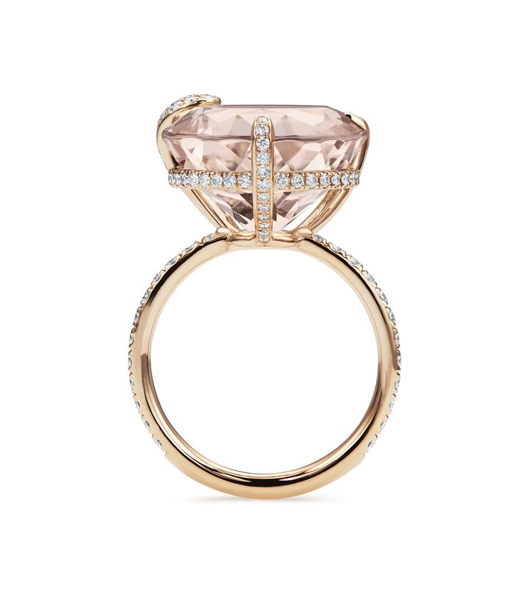Ring - 18K rose gold, morganite round cut total 12.2 ct., 102 diamonds brilliant cut total 0.72 ct  #Bucherer #Peekaboo #finejewellery