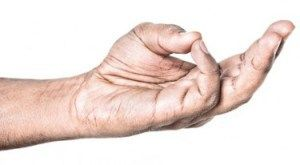 Başparmağınızla yüzük parmağınızı birkaç saniyeliğine böyle esnetin. Sebebini ise çok seveceksiniz!!!