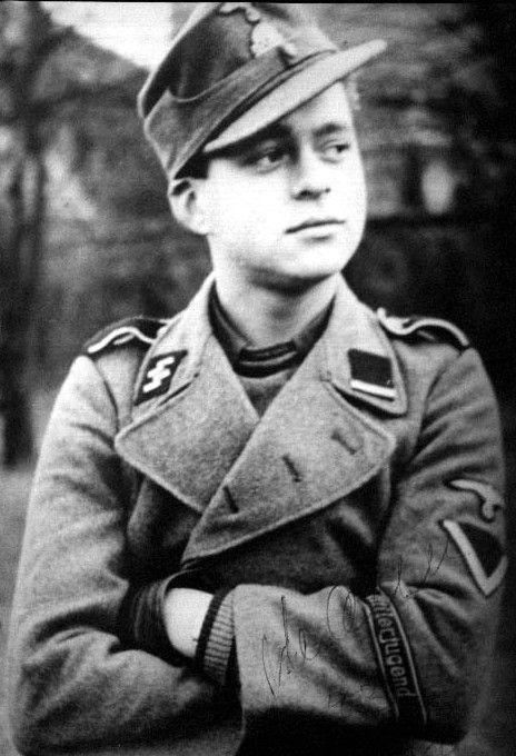 Les divisions de la Waffen SS