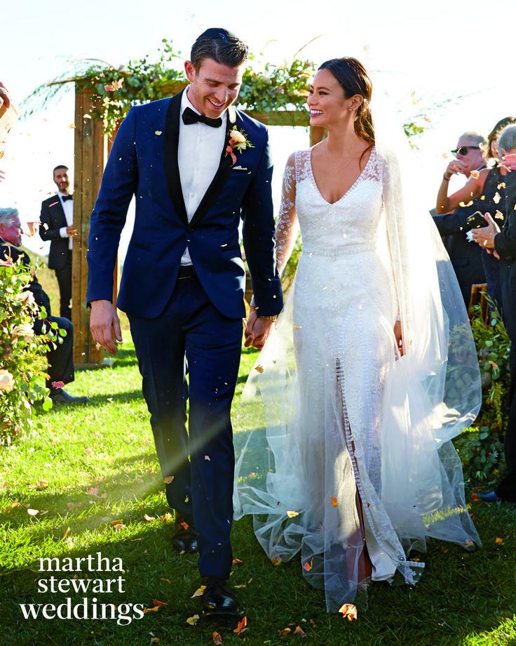 Jamie Chung's Wedding Dress in Martha Stewart Weddings 2016 | POPSUGAR Fashion