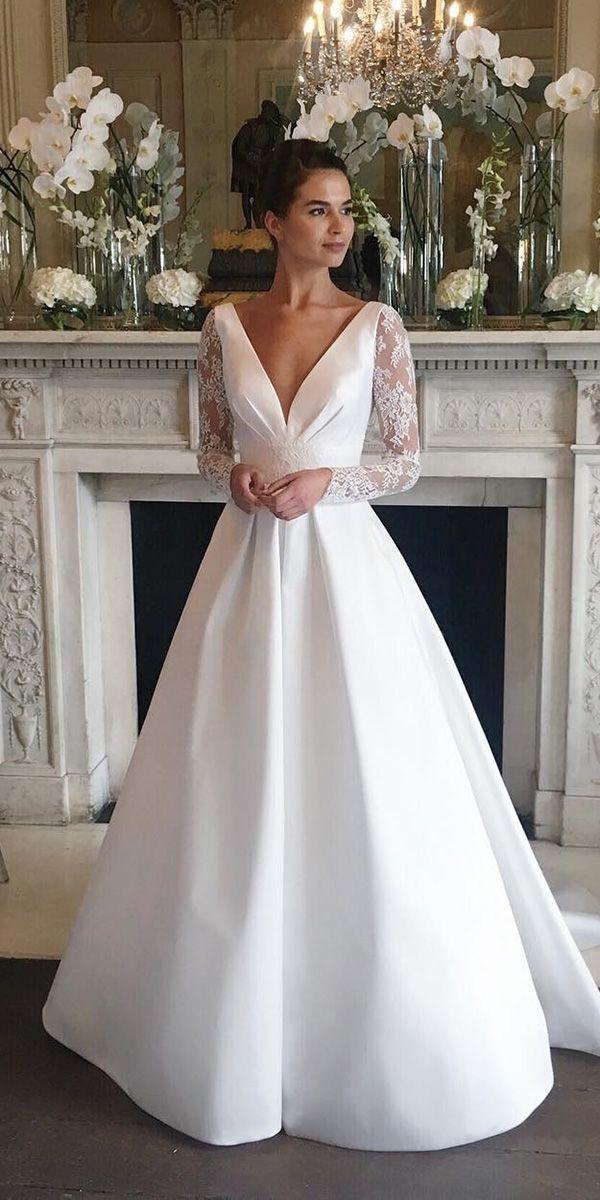 Atemberaubende Langarm Brautkleider Z Hd Braute Langarm Brautkleider Wedding Dress Atember In 2020 Wedding Dress Long Sleeve Satin Wedding Gown Wedding Dresses